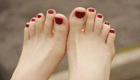 二拇脚趾头长是不孝顺的苦命脚相吗