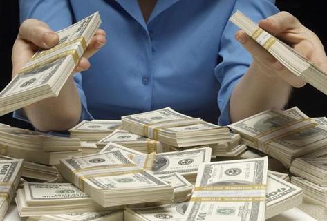 做梦梦到给钱怎么回事 有什么征兆