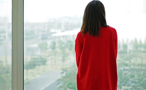 梦见红色衣服 红衣是好事还是坏事