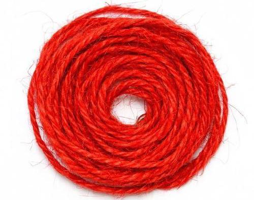 枕头下放红绳催婚姻 枕头下放红绳灵吗