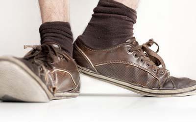 周公解梦梦见鞋坏了有什么寓意